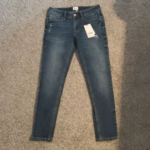 SPECIAL A Ankle Jeans